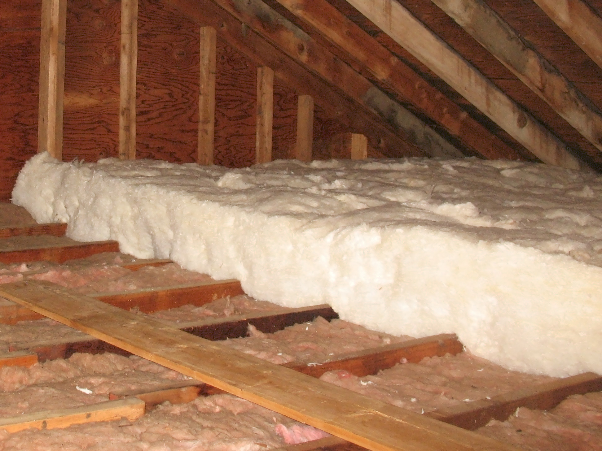 56 Installing Insulation Attic Attic Vapor Barrier Insulating within sizing 1943 X 1457