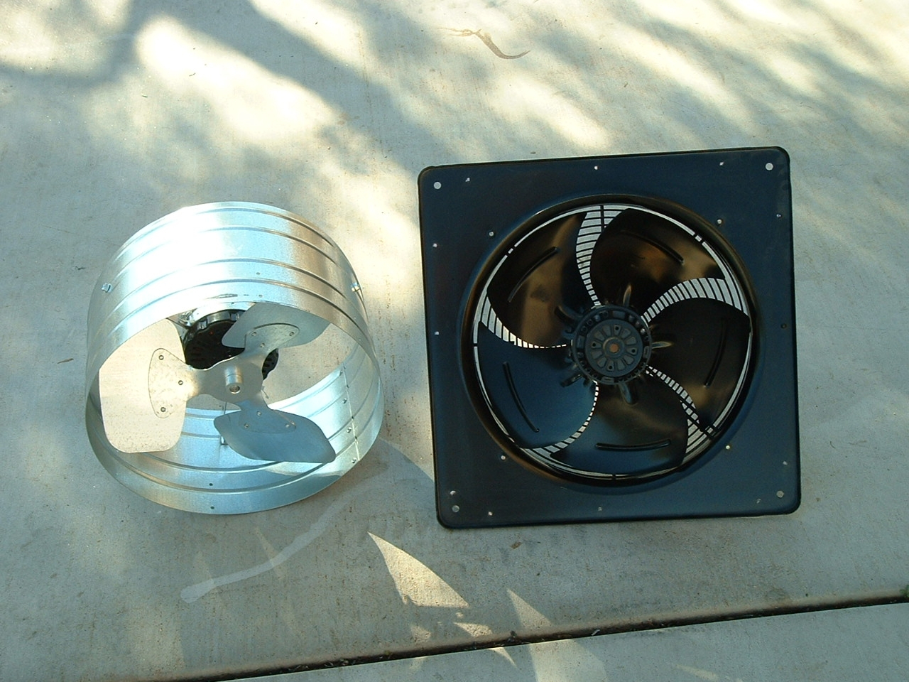 Attic Fan with proportions 1280 X 960