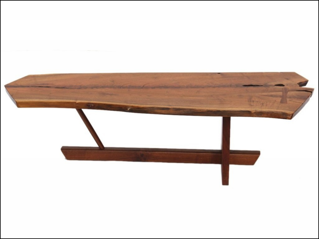 Broyhill Attic Heirlooms Coffee Table In Natural Oak Stain