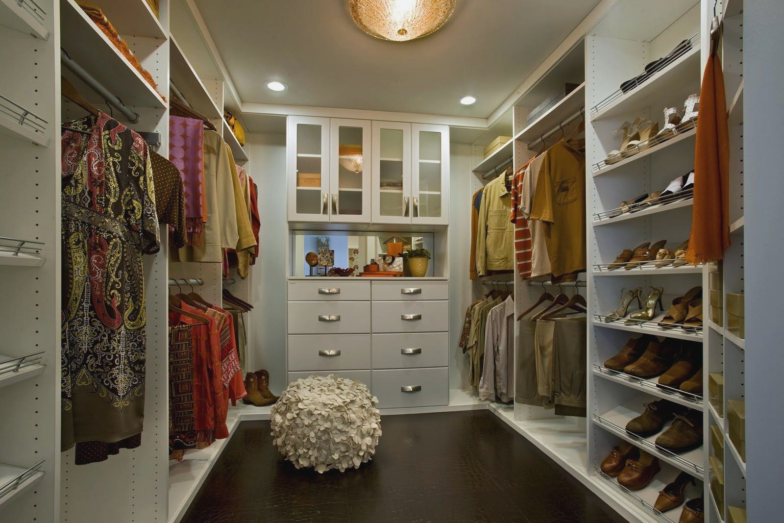 Modern Elegant Walk In Closet In The Attic Ideas Decorating for proportions 1600 X 1067