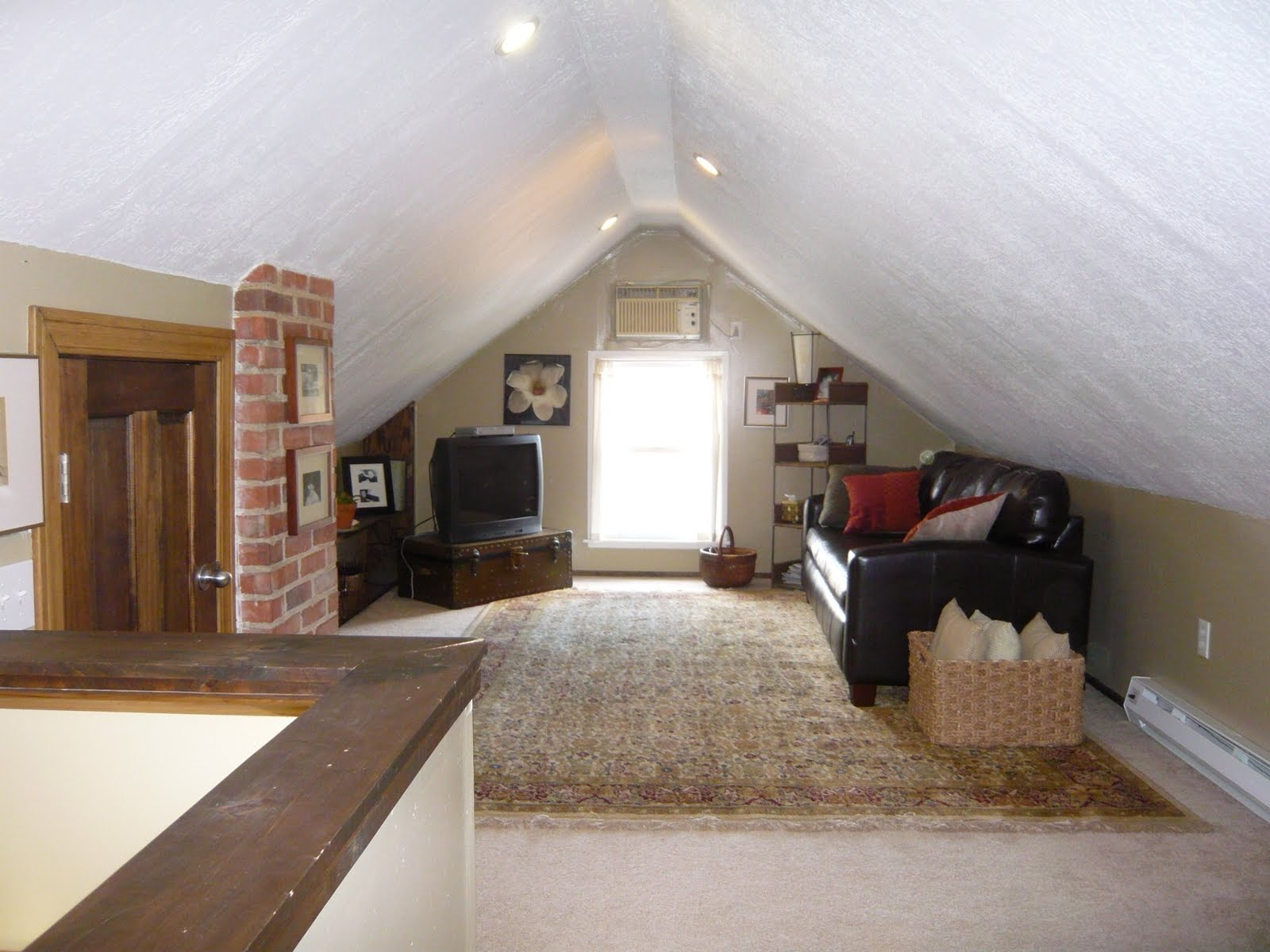 Houses With Finished Attics Attic Ideas